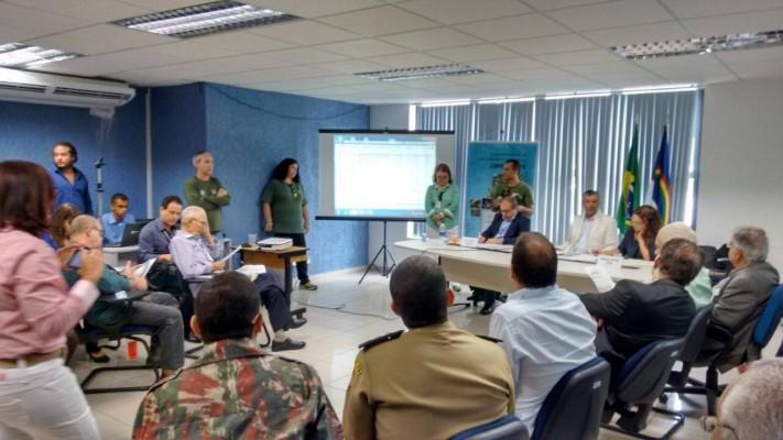 Comissão formada por funcionários da CPRH leram para os conselheiros (CONSEMA) a carta aberta